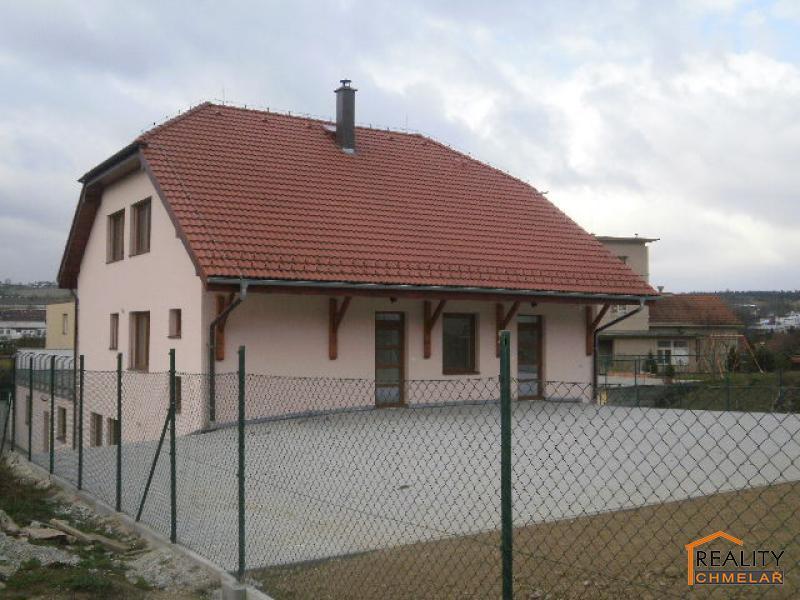 pohled na dům